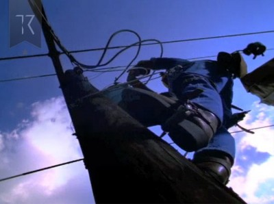 Union Planters Bank TV Commercial: Telephone Lineman